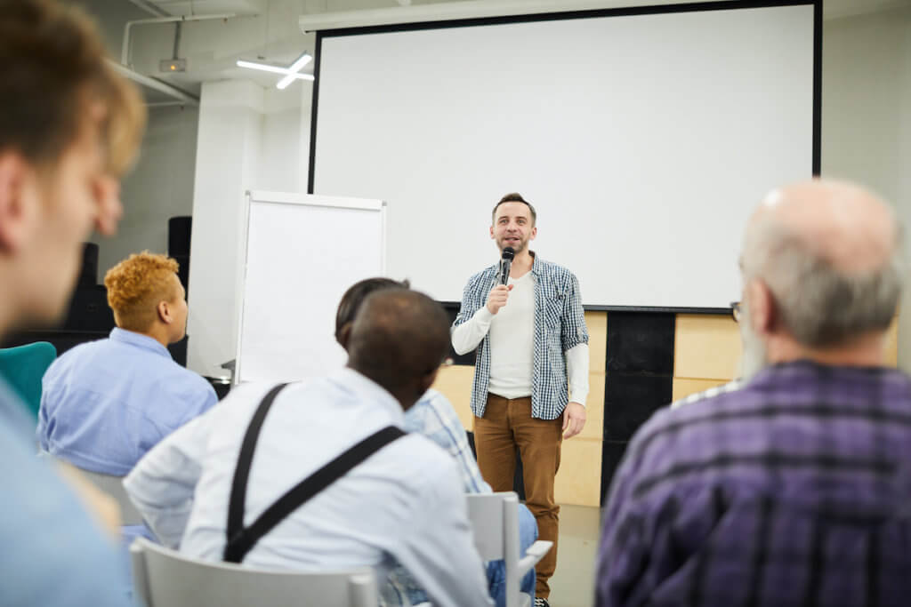 Overcoming a Public Speaking Fear With a Professional Networking Group